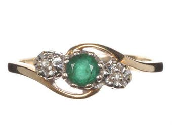 Ring - Vintage 9ct Gold, Emerald and Diamond Ring, size O (UK) 7 (USA)