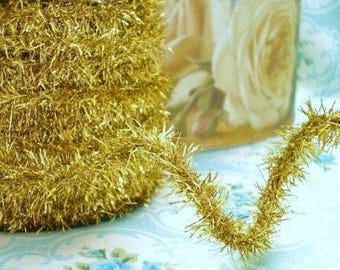 Gold Wired Tinsel Trim - 3 Yards