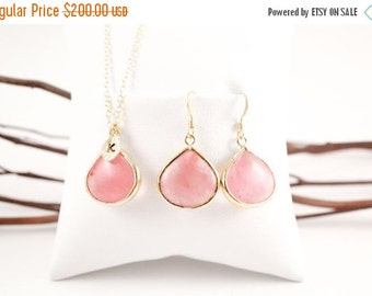 Coral Pink Large Teardrop Gold Necklace and Earrings Set, Bridesmaid Jewelry Set
