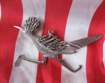 Silvertone Vintage Road Runner Pendant Three and One Half Inches Wide Note Mine is the Silvertone One With an Aqua Eye Please Read Details