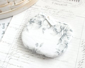Small White Floral Coin Purse White Change Purse Floral Zippy Pouch