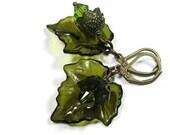 Boucles d'oreilles feuille, boucles d'oreilles de cristal Swarovski vert fleur Lucite feuille, Nature botanique amusante inspiré Woodland Garden bijoux, bijoux Bohème