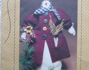 Warm at Heart/Craft Sewing Pattern by Country Stitches/1994/12.5 in. Snowlady/Winter Decoration