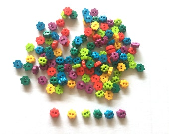 200 pcs tiny flower button 4mm  mix color