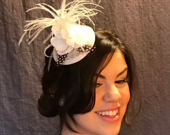 White Feather Fountain/Little White Fascinator/Black Polka Dot Feathers/White Feathered Hat/Lady's White Fascinator/Perky White Fascinator