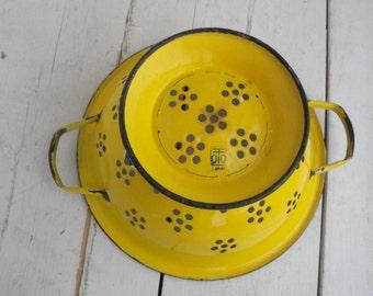 Vintage Enamel Colander Yellow