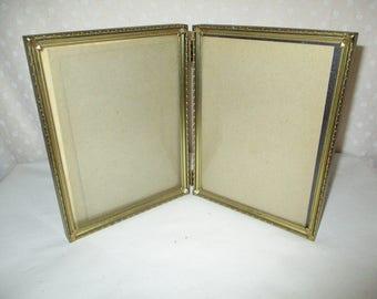 Picture Frame Bi Fold Gold Tone 6 x 8, glass