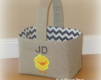 Reserved for Katie .... Personalized linen Easter basket with chicken applique
