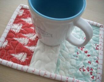 winter's lane mug rug - FREE SHIPPING