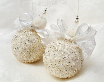 White Beaded Christmas Decoration,Set of 2 White and Silver Christmas Ornaments, Beaded Ornaments, Christmas Bauble, Snow Ball Ornament