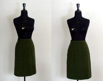 Vintage 1950's Pencil Skirt / 50's Pringle of Scotland Loden Green Spindrift Lambswool Skirt