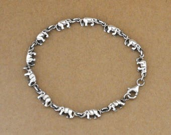 VINTAGE FIND petite elephant charms bracelet, lucky elephant, sterling silver 925, animal lover,