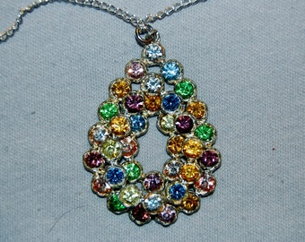 Vintage / Rhinestone / Pastel / Necklace / Pendant / Silver / Sparkling / Bling / Old Jewelry / Jewellery
