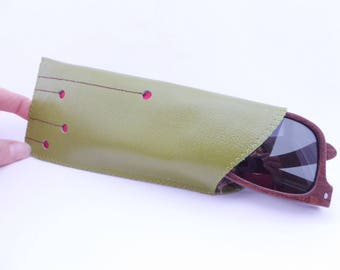 Leather Sunglass Case / Green Avocado Leather and Vintage Flower Print Lining