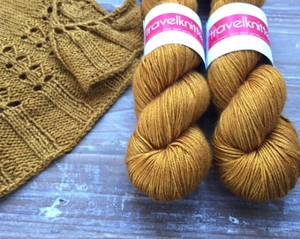 Tanami baby camel and silk hand dyed 4ply yarn -  Sand Dune
