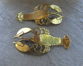 Huge 1980s Brass Lobster Earrings. Large Crustaceans Dangle Earrings from the 1980s or 90s. Brass, Patina Brass Handade