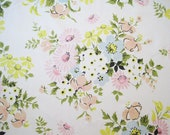 Vintage Sheet Fabric Fat Quarter – Floral Bouquets Daisies Peach Pink Yellow Blue Green