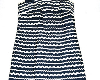 Absolutely Gorgeous Perfect Navy with White Wavy Trim Tiered 50's/60's Sundress- Size M