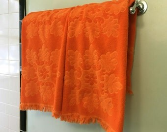 Bright Orange Bath Towel Pair