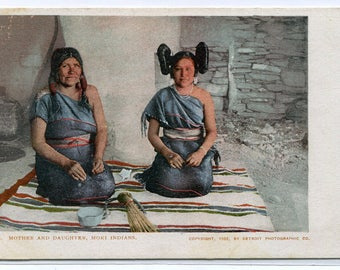 Hopi Moki Native American Indian Mother Daughter Woman Arizona 1907 postcard