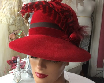 Glamorous Red Wool Cloche Hat