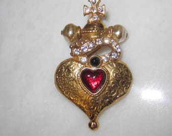 Vintage Butler and Wilson Crowned Heart Pendant Brooch Necklace