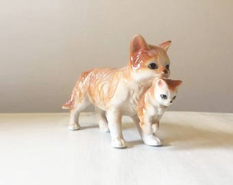 Cat and kitten figurine, vintage cat figurine, China cat figurine, vintage china figurine, vintage kitten figurine, ginger cat figurine