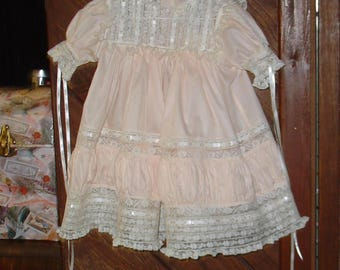 heirloom dress size 2  peach/ecru Easter portrait pageant wedding flower girl