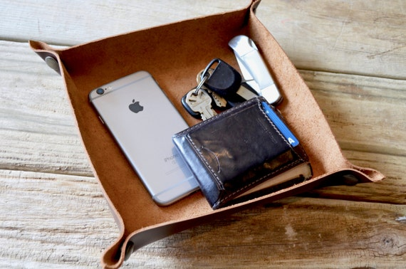 Handcrafted Leather Valet Tray - Product of The USA