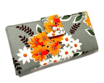 Handmade women wallet clutch - small yellow orange and white flowers bouquet in grey - ID clear pocket - Custom order
