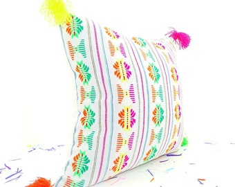 Cinco de Mayo decorations, White pillow cover 18x18, Bohemian Decor, Boho Bedding, White Pillow Cover with tassels, Mexican Embroidery,