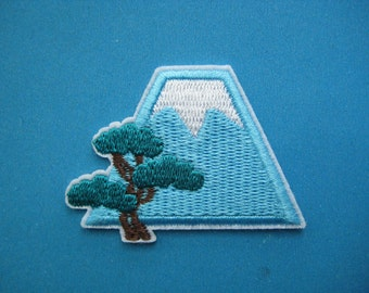 Iron-on Embroidered Patch Mount FUJI 2 inch