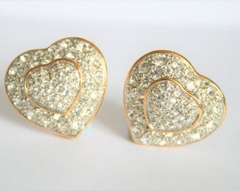 Vintage crystal heart earrings.  Clip on earrings. Heart clip on earrings.  Vintage jewellery