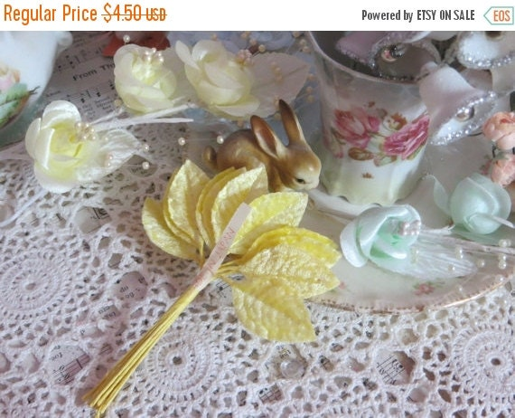 ON SALE Vintage Millinery Leaves-Petite Yellow Velvet-Set of 12-1 Bunch-Leaf