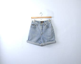 Vintage 90's high waisted shorts, light denim shorts, size 7 / 8