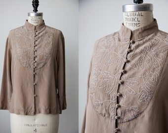 Vintage Tan SILK Ecru Blouse Tunic Shirt with Embroidery Chinese Mandarin Collar S-M