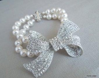 Bridal Bracelet Rhinestone Bow Bracelet vintage Ivory Pearls Bow Brooch Bracelet Bridal Rhinestone Bracelet Bridal Pearl Bracelet ANASTASIA