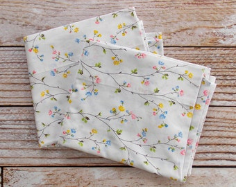 Vintage Pillowcase Set / Mini Pastel Floral / Vintage Pillowcase