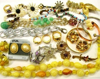 Vintage Jewelry Lot Wearable Repairable Craft Destash Jewelry Rhinestone Earrings Rings Brooches Necklaces