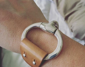 LEATHER cuff SNAFFLE BIT bracelet | light brown | snaffle bit cuff | cuff bracelet | leather bracelet