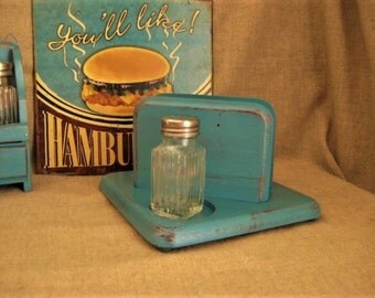 Shabby Napkin - Salt & Pepper Holder in Turquoise/Teal  / Cottage Chic Wood Napkin Holder With Glass Salt and Pepper Shakers