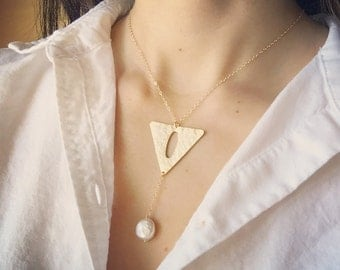 Gold Triangle Necklace - Y Drop Necklace, Geometric Necklace, Modern Necklace, Unique Gold Necklace, Pearl Necklace, Statement Necklace