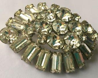 Vintage Large Weiss Dimensional Rhinestone Brooch