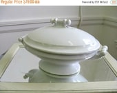 Antique Meakin Covered Serving Bowl Tureen Ironstone Cottage chic Paris Apartment