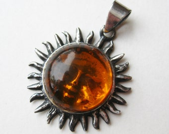 Vintage Baltic Amber Sterling Silver Sun Face Necklace Pendant