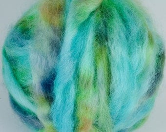 Wensleydale Roving Spinning and Felting Fiber Hand Dyed FARM WOOL 4 oz Colorway- Pond