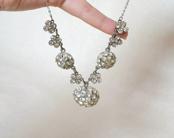 Deco style rhinestone orb chain necklace / 1930s look sparkly evening silvertone necklace