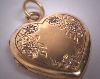 Antique Victorian Gold Floral Heart Locket Pendant Vintage 1920