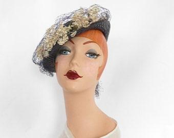 Vintage 1930s hat, navy blue straw tilt bowler, white flowers