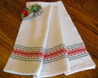 Christmas Kitchen Towel, Holiday Handwoven Towel, Hostess Gift, Christmas Tea Towel, Woven Hand Towel, Guest Towel, Red and Green, Weaving